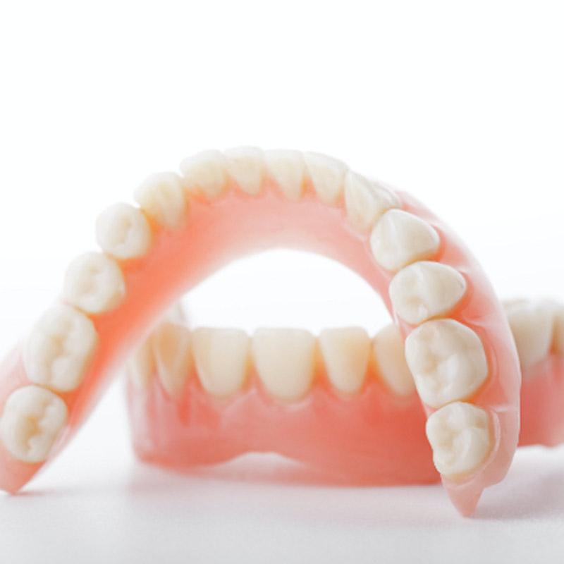 Protesi-Studio dentistico Riccardo Della Ciana | Civitanova Marche